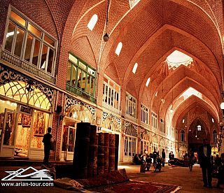 The Bazaar of Tabriz  0